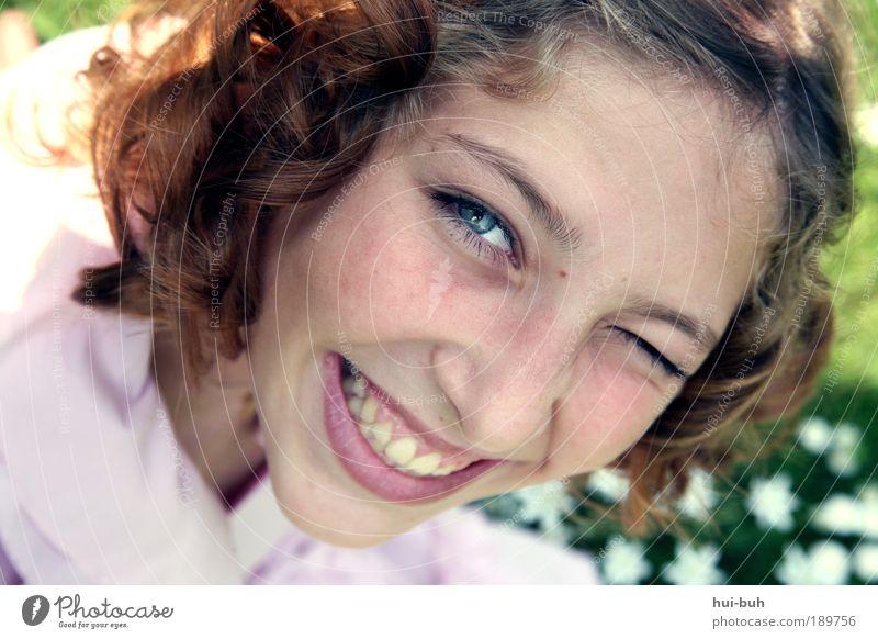 Glück bringt Frühling Jugendliche schön Sommer Freude Leben Stimmung Porträt Gesundheit frisch ästhetisch Fröhlichkeit authentisch Unendlichkeit Sonnenstrahlen