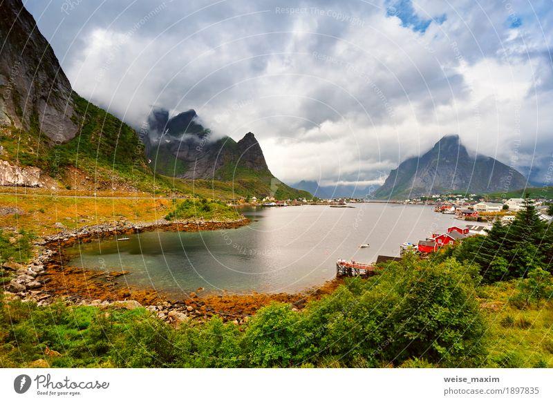 Himmel Natur Ferien & Urlaub & Reisen Sommer Wasser Meer Landschaft Wolken Haus Ferne Berge u. Gebirge Wiese Küste Gras Freiheit Tourismus