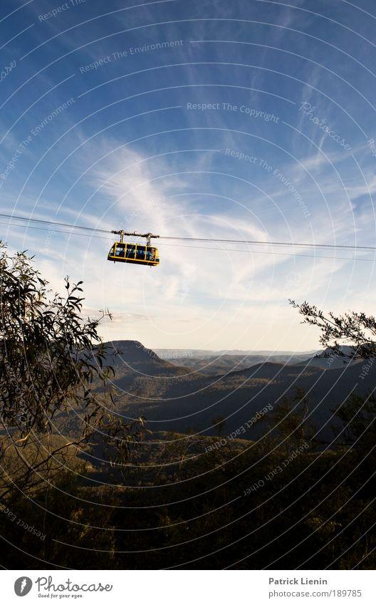 Himmelfahrt Ferien & Urlaub & Reisen Ferne Freiheit Sommer Berge u. Gebirge Landschaft Wolken Wald Hügel blau Australien Gondellift Blue mountains gelb Kabel