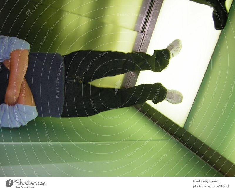 im aufzug grün Architektur Fahrstuhl