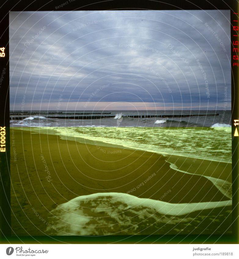 Küste Natur Wasser Himmel Meer Strand Wolken Erholung Bewegung Landschaft Stimmung Wellen Wetter Umwelt Wandel & Veränderung Klima