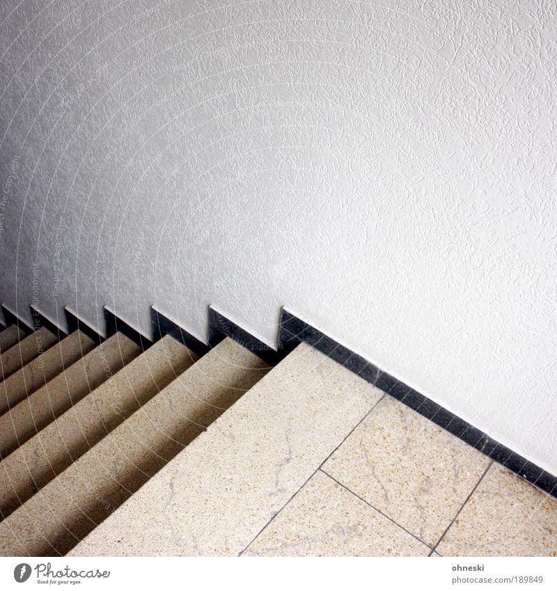Downstairs weiß Haus schwarz Wand Mauer Gebäude Treppe Fliesen u. Kacheln Bauwerk Treppenhaus Einfamilienhaus Zickzack