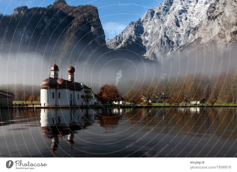 Herbstzauber Natur Ferien & Urlaub & Reisen Landschaft Berge u. Gebirge Religion & Glaube Deutschland See Tourismus Park Nebel Ausflug Kirche Europa Seeufer