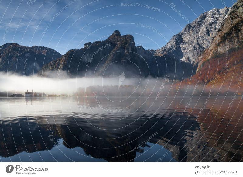 Erkennen Ferien & Urlaub & Reisen Tourismus Ausflug Ferne Berge u. Gebirge Natur Landschaft Wasser Himmel Herbst Nebel Berchtesgadener Alpen Watzmann See