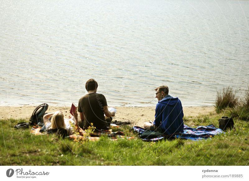 Wird Zeit das es Sommer wird! Mensch Frau Mann Natur Jugendliche Strand Erwachsene Ferne Erholung Umwelt Leben Freiheit Menschengruppe Freundschaft Zeit Zufriedenheit