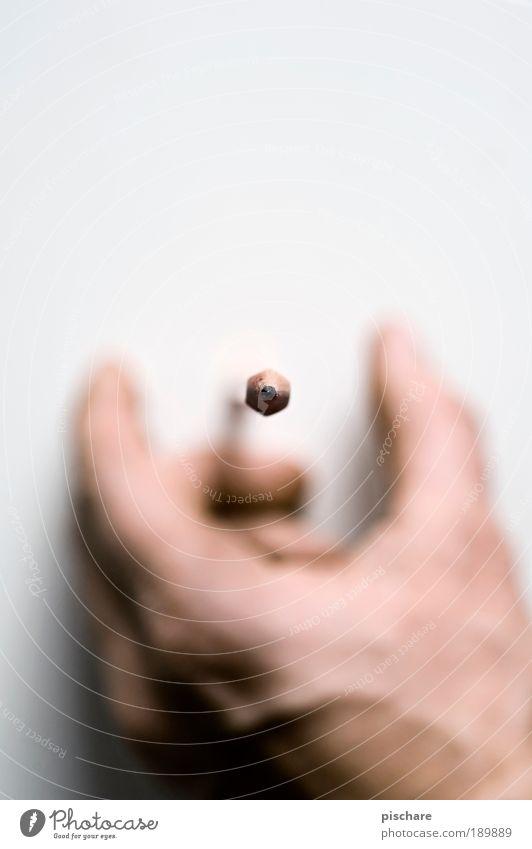 Pencilcase Hand Finger Mensch Perspektive Kommunizieren Makroaufnahme außergewöhnlich schreiben berühren fantastisch fangen Schreibstift Schweben Bleistift
