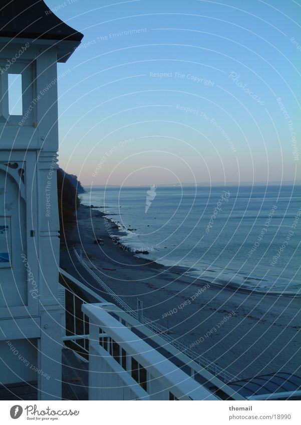 Seebrücke Sellin Badeort Meer Strand Sandstrand kalt Abenddämmerung Sonnenuntergang Ferne frisch Luft Ferien & Urlaub & Reisen Ostsee Wasser blau