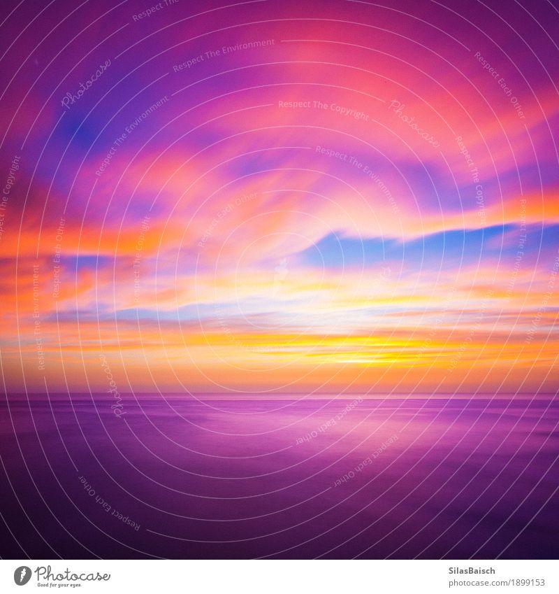Romantische Farben Lifestyle exotisch Freude Umwelt Natur Himmel Wolken Sonnenaufgang Sonnenuntergang Sonnenlicht Schönes Wetter Wellen Küste ästhetisch hell