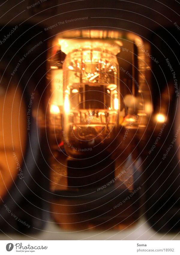 Röhre Verstärker Elektrisches Gerät Technik & Technologie Eisenrohr orange leuchten