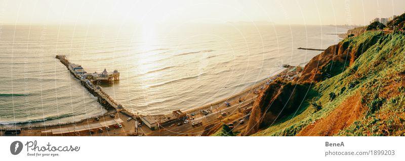 The coast of Lima Strand Wellen Küste Hafenstadt exotisch Ferien & Urlaub & Reisen Erde Peru Sonnenuntergang Strandleben Klippe Abenddämmerung Morgendämmerung