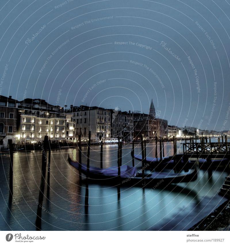 into the blue [monday] kalt Wasserfahrzeug Italien außergewöhnlich Schönes Wetter Venedig HDR Altstadt Gondel (Boot) Hafenstadt