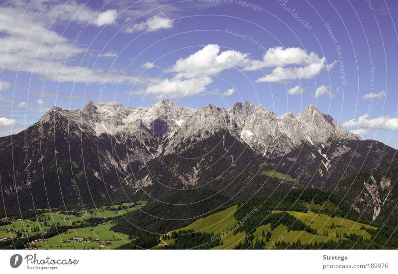 Bergkette Ferien & Urlaub & Reisen Ausflug Freiheit Sommer Berge u. Gebirge Klettern Bergsteigen Umwelt Natur Landschaft Himmel Wolken Sonnenlicht