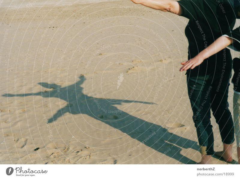 Schattenspiele Strand Sand
