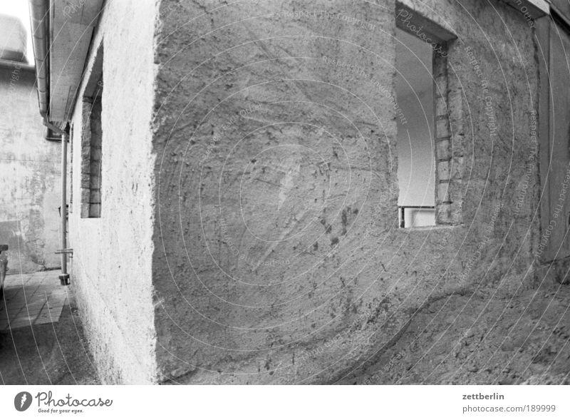 Baustelle Haus Fenster Mauer Sand Architektur Baustelle Umzug (Wohnungswechsel) Fensterscheibe Material Kies Fensterbogen Fensterladen Ausweg Fensterbrett Stein