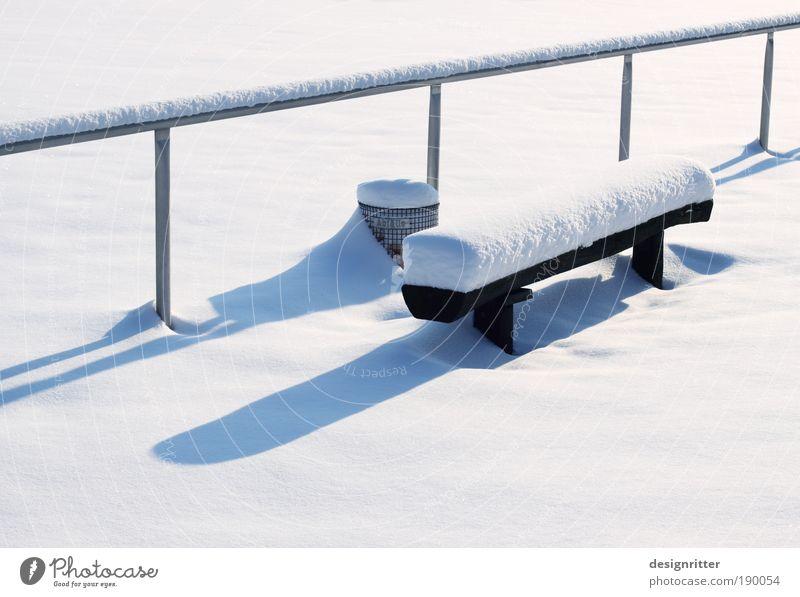 Snowboard Winter ruhig Schnee Wetter Eis Frost Bank Frieden Geländer Schönes Wetter Stadion geduldig Fußballplatz Winterurlaub ruhen Ballsport