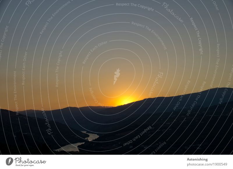 Abend im Dourotal Umwelt Natur Landschaft Pflanze Luft Wasser Himmel Wolkenloser Himmel Horizont Sonnenaufgang Sonnenuntergang Sonnenlicht Sommer Wetter