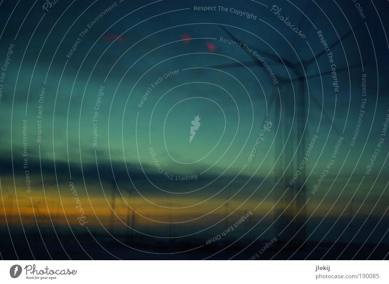 Rotation Himmel blau Wolken gelb kalt Landschaft Wind Energie Horizont Perspektive Industrie Energiewirtschaft Zukunft bedrohlich Wissenschaften Sturm