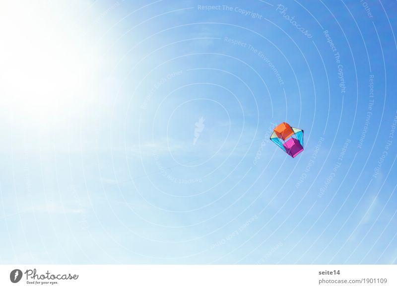 Drachen, Wind, Blauer Himmel, Textfreiraum, Kindheit Abheben Fotografie Hintergrundbild blau Lenkdrachen Hängegleiter fliegen Freiheit Freizeit & Hobby Glück
