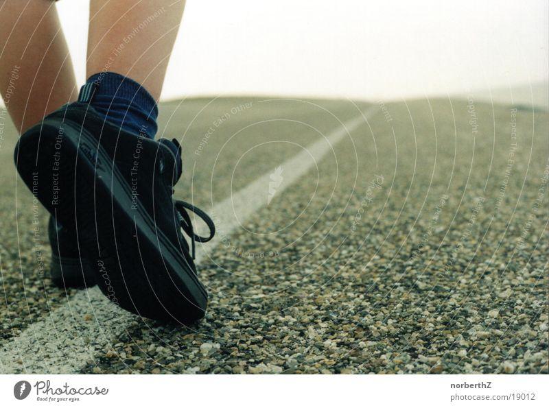 Fuss Strasse Straße Fuß Wege & Pfade Schuhe laufen Verkehr rennen Ziel Joggen
