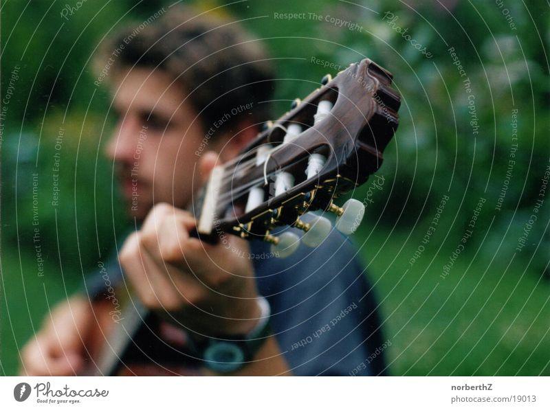 Gitarrenmann Technik & Technologie Saite Gitarrenspieler Musiker Elektrisches Gerät