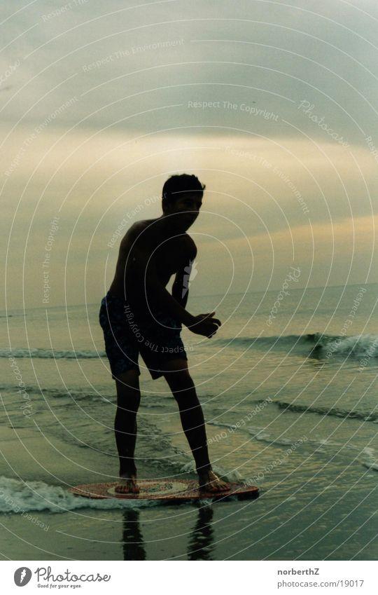 Skimboarder Wasser Sport Wellen