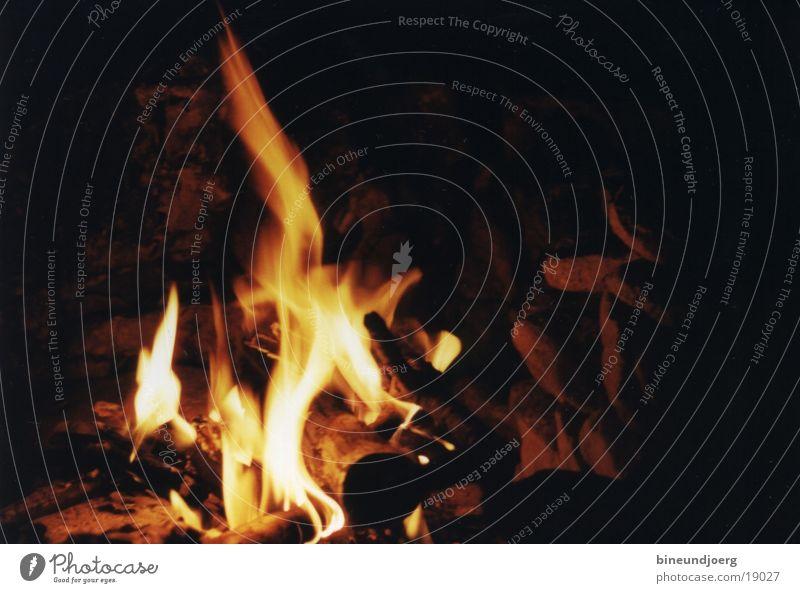 Lagerfeuer Nacht Langzeitbelichtung Freizeit & Hobby Flamme Brand