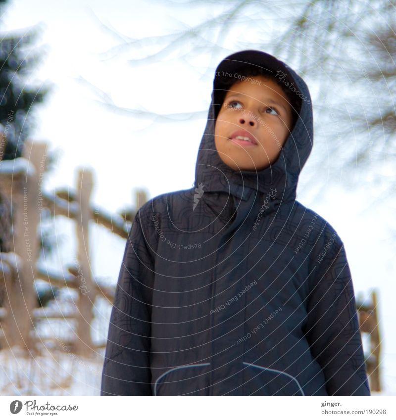 """""""Wann kommt endlich der Frühling!"""" Mensch Kind Himmel Natur Jugendliche blau weiß Baum Landschaft Winter Gesicht Umwelt kalt Schnee Junge Tierjunges"""