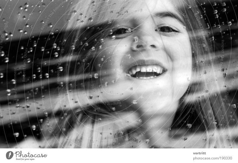 Lucy's Dream Kind Mädchen Gesicht Auge Mund Zähne 3-8 Jahre Kindheit langhaarig ästhetisch schön Freude Glück Fröhlichkeit Schwarzweißfoto Nahaufnahme Tag