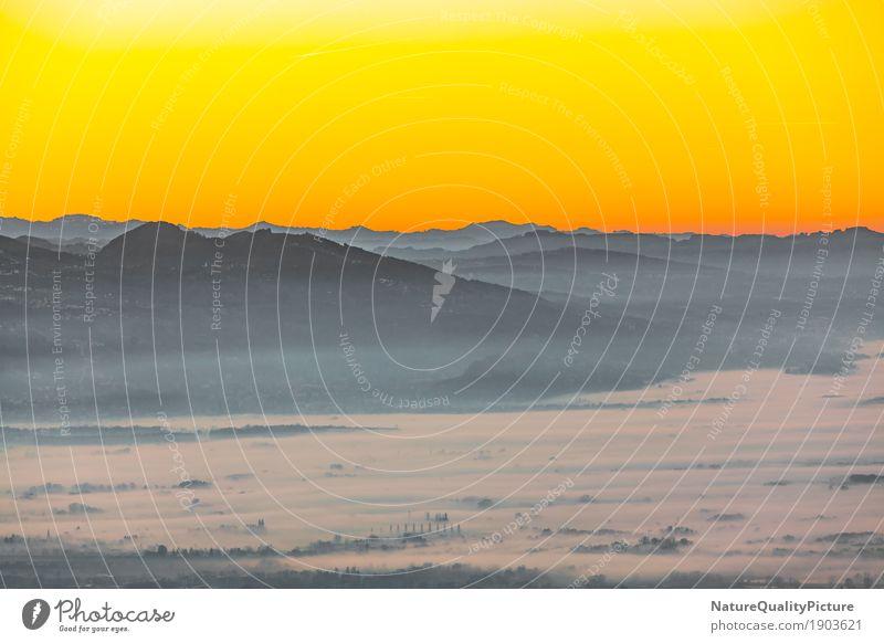 sunset over bodensea Umwelt Natur Landschaft Wasser Himmel Wolkenloser Himmel Horizont Sonne Sonnenaufgang Sonnenuntergang Sonnenlicht Herbst Alpen