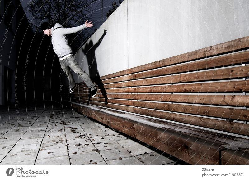 schwerkraft? Mensch Jugendliche Erwachsene dunkel Wand Architektur Bewegung springen Mauer Gebäude Stil elegant fliegen hoch maskulin Design