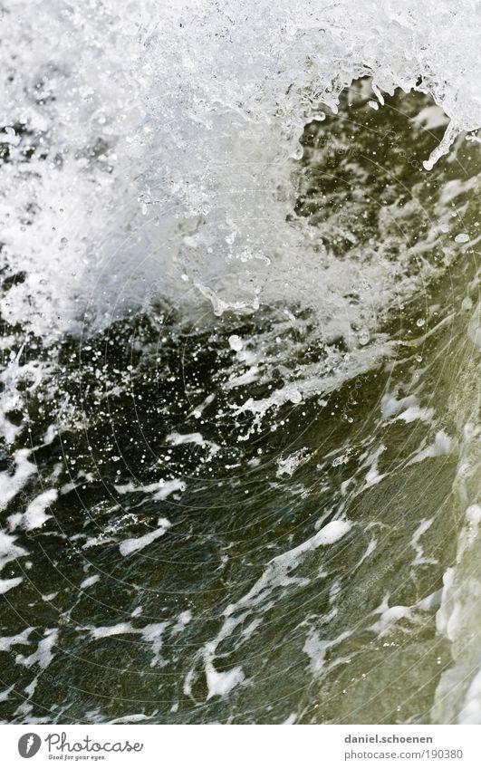 auf dem Weg nach Amrum Wasser Meer Wellen Wassertropfen bizarr Nordsee
