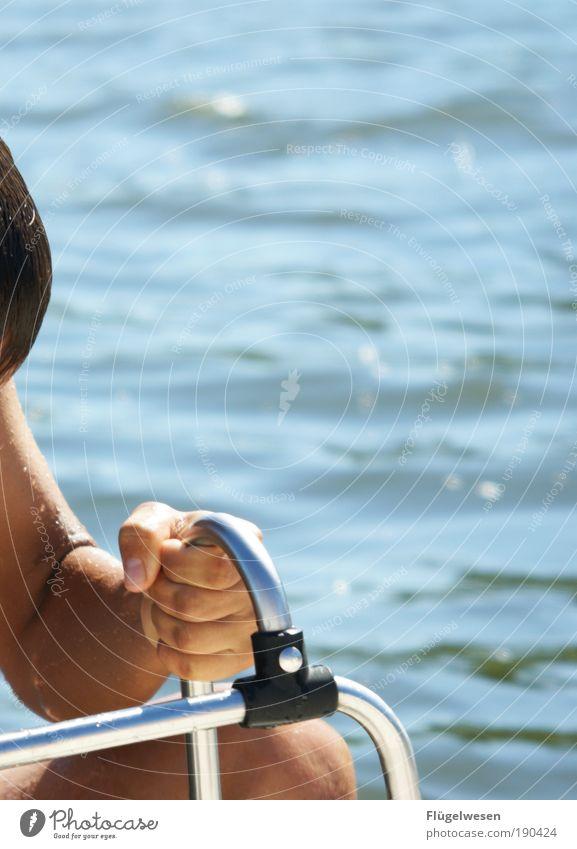Yachtwurst Hand Meer Sommer See Beine Schwimmen & Baden Kraft Freizeit & Hobby Klima frei Erfolg Coolness Wellness Wasserfahrzeug tauchen Ostsee