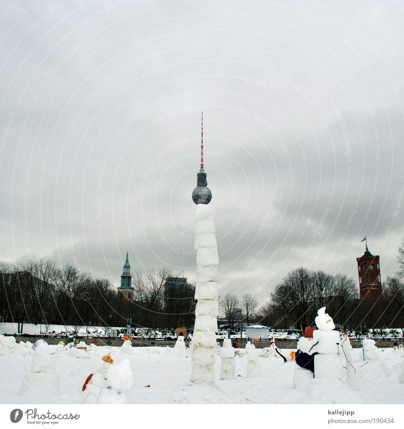 im sommer tust du gut und im winter tuts weh Himmel Winter Wolken Schnee Berlin Spielen Park Eis Kunst Architektur Wetter Lifestyle Frost Kirche Turm