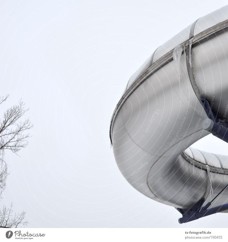 Kalter Bagel Freude Freizeit & Hobby Wasserrutsche Schwimmbad Rutsche rutschen Bademeister Himmel Winter Eis Frost Eiszapfen Menschenleer Kurve Metall