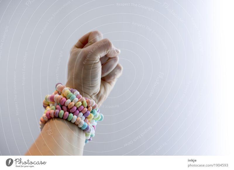 Z U C K E R III Süßwaren Ernährung Lifestyle Freizeit & Hobby Mensch maskulin feminin Jugendliche Erwachsene Leben Arme Hand Faust 1 süß viele Gefühle Erfolg