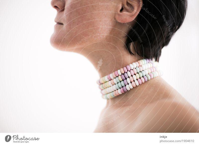 Z U C K E R IV Mensch Frau Gesicht Erwachsene Leben Lifestyle Gesundheit Stil Körper süß Süßwaren Schulter Zucker Hals Halskette zuviel