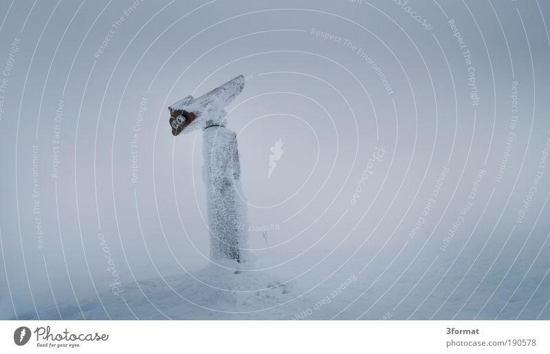 WEITSICHT? Natur weiß Winter Einsamkeit Ferne Schnee Berge u. Gebirge Schneefall Landschaft Eis Nebel Wind Zeit Perspektive trist Frost