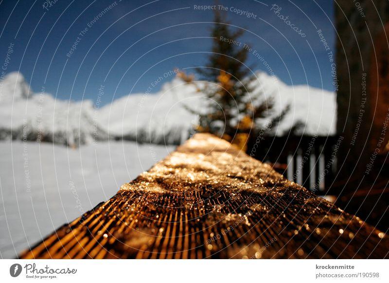 Last Christmas Himmel Winter Eis Frost Baum Tanne Alpen Berge u. Gebirge Menschenleer Hütte Terrasse Balkon Stern (Symbol) Romantik gemütlich Aussicht Bergkamm