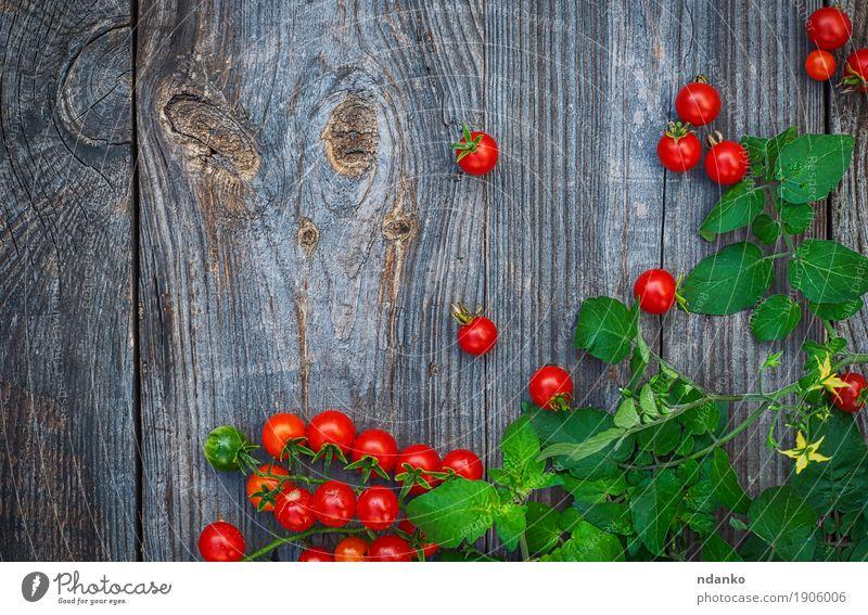 Natur alt grün rot Essen Holz grau Ernährung frisch Aussicht Tisch Gemüse Top Vegetarische Ernährung Salatbeilage Tomate