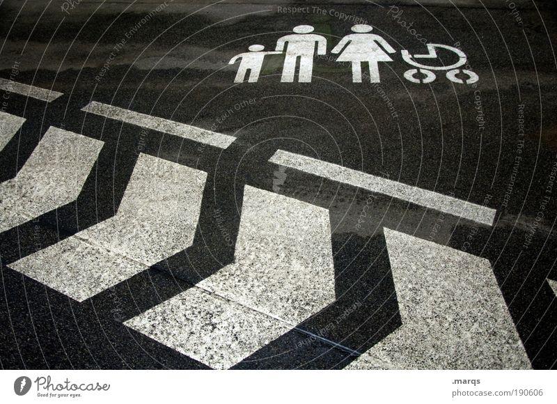 Familienausflug Freizeit & Hobby Ferien & Urlaub & Reisen Ausflug Kind Eltern Erwachsene Familie & Verwandtschaft Menschengruppe Parkhaus Verkehr Verkehrswege
