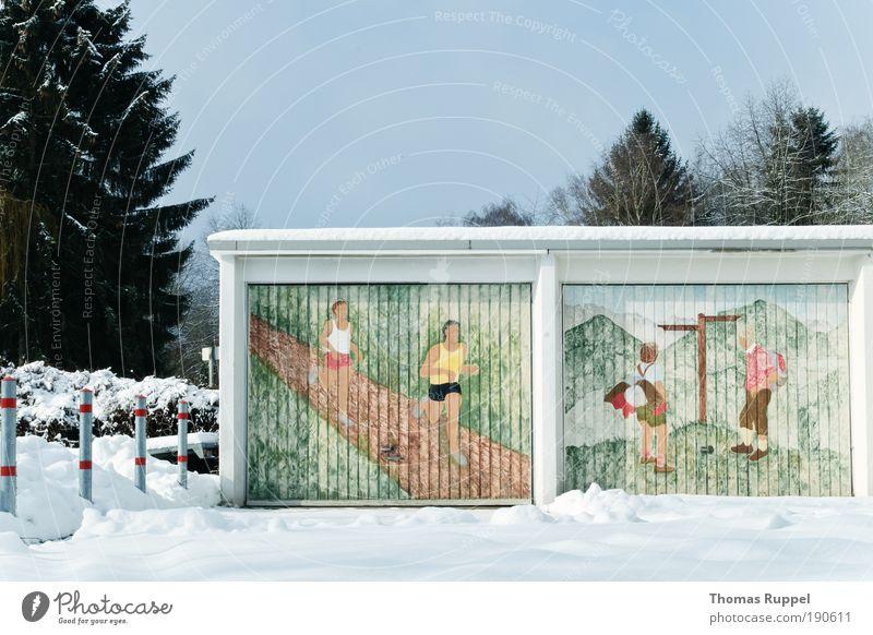 Aktiv im Schnee Natur Himmel Baum Pflanze Sommer Winter Ferien & Urlaub & Reisen Sport Berge u. Gebirge Gebäude Landschaft wandern laufen Umwelt
