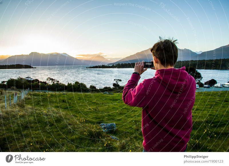 Neuseeland entdecken Mensch Himmel Natur Ferien & Urlaub & Reisen Jugendliche Pflanze Junger Mann Landschaft Freude Ferne 18-30 Jahre Berge u. Gebirge
