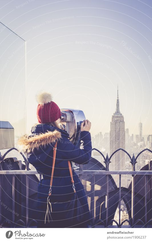 Empire State Building Mensch Ferien & Urlaub & Reisen Jugendliche Junge Frau Winter 18-30 Jahre Erwachsene kalt feminin Freiheit Tourismus Ausflug Hochhaus
