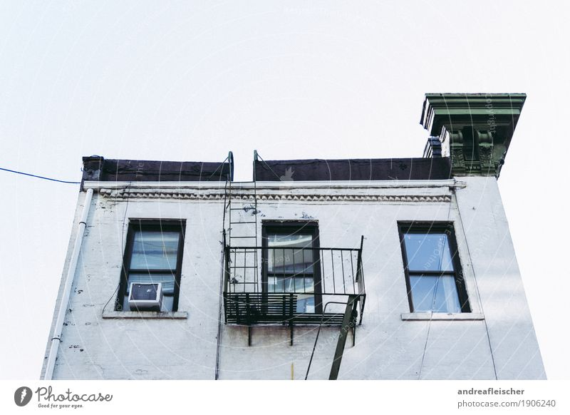Häuser in New York Ferien & Urlaub & Reisen Tourismus Ausflug Städtereise Stadt Hauptstadt Stadtzentrum Haus Bauwerk Gebäude Architektur Mauer Wand Treppe