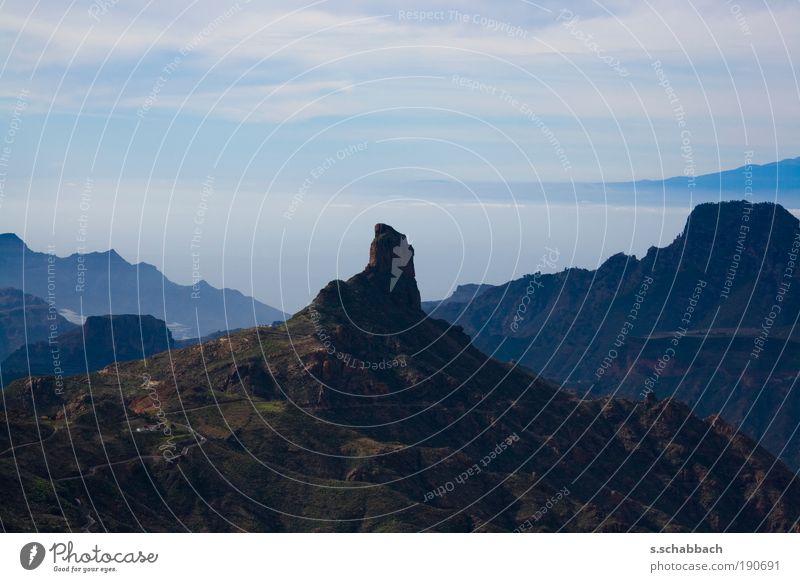 between isles Himmel Natur Wasser Baum Ferien & Urlaub & Reisen Pflanze Meer Erholung Umwelt Landschaft Berge u. Gebirge Gras Küste Erde Luft träumen