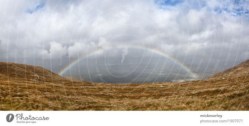 The Rainbow Natur Wolken Ferne Berge u. Gebirge Umwelt Glück Freiheit Stimmung Tourismus Freizeit & Hobby Zufriedenheit wandern Beginn Energie Lebensfreude