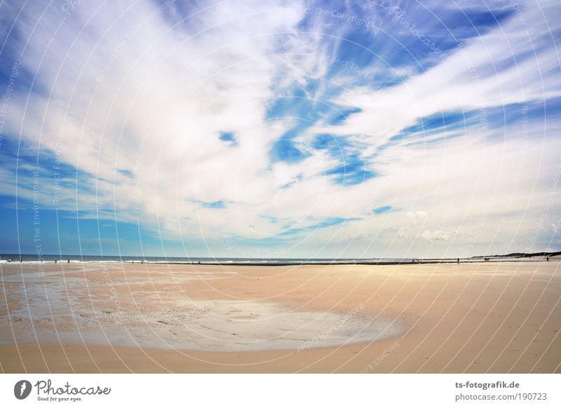 Blau küsst Strand Himmel Ferien & Urlaub & Reisen Sommer ruhig Wolken Ferne Glück Freiheit Sand Horizont Wetter Zufriedenheit Luft Tourismus Wellen