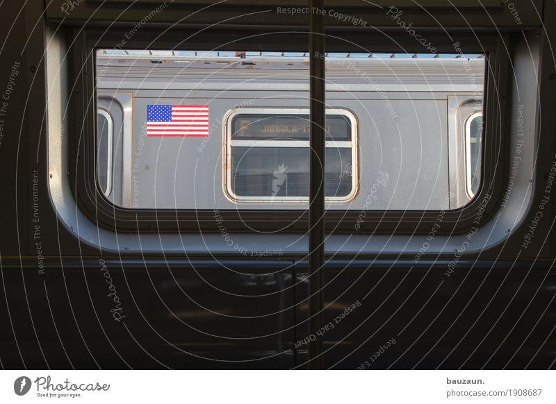 wo geht's hin? Ferien & Urlaub & Reisen Stadt Ferne Fenster Tourismus Metall Verkehr Ausflug Glas USA Schönes Wetter Eisenbahn fahren Stadtzentrum Städtereise