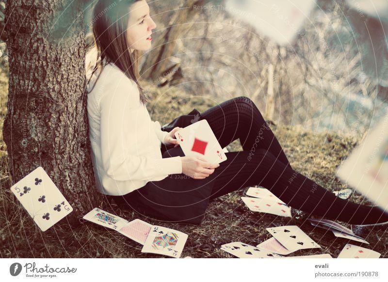 Adjourned game Kartenspiel Poker Mensch feminin Junge Frau Jugendliche Erwachsene Hand 1 18-30 Jahre Landschaft Herbst Baum Gras Garten Park Rock Strumpfhose