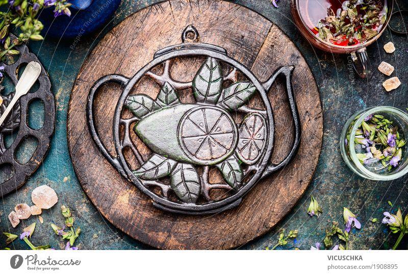 Gesunder Kräutertee Natur Gesunde Ernährung Leben Gesundheit Stil Lebensmittel Gesundheitswesen Design Häusliches Leben Tisch Kräuter & Gewürze Getränk Bioprodukte Duft Geschirr Tee
